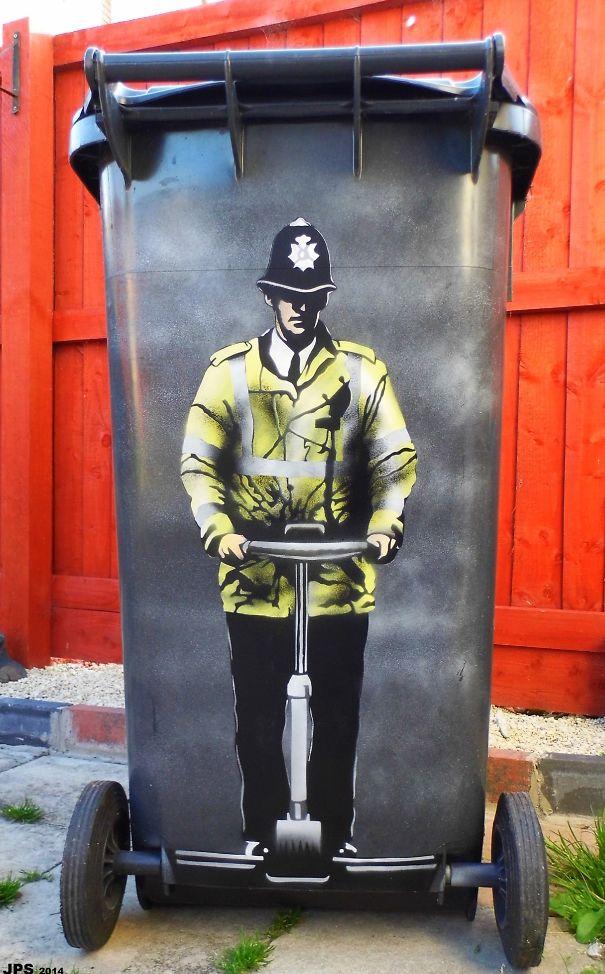 JPS-police-trash