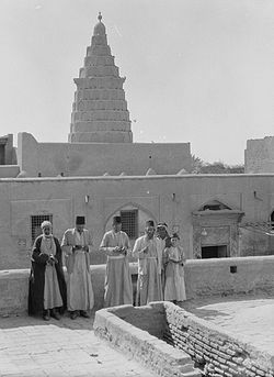 Jews pray at Ezekiel's Tomb in Iraq, 1930's